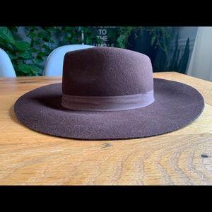 Amazing Brown Vintage  Wide Brim Wool Hat